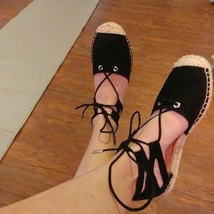Lace up sandles